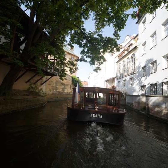 Zážitek - Vyhlídková plavba Pražskými Benátkami